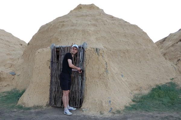 Дом из глины и соломы, суперэконом